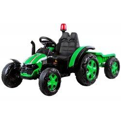 Nuotoliniu pultu valdomas žalias traktorius su priekaba