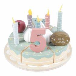 Žavingas gimtadienio tortas su žvakutėmis