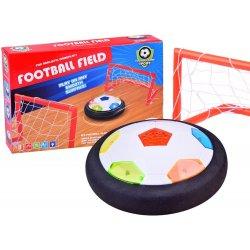Aktyvus sporto / futbolo žaidimas su vartais