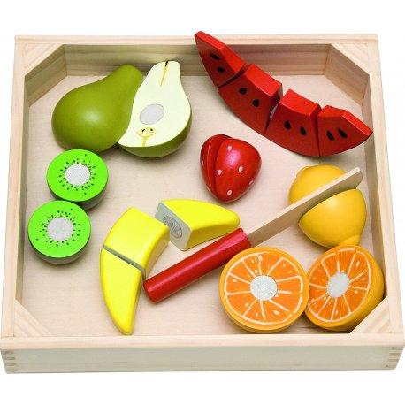 Pjaustomi vaisiai medinėje dėžėje