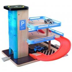 Medinė automobilių parkavimo aikštelė