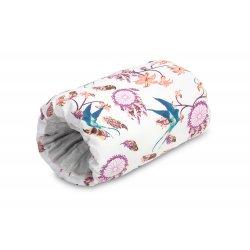Rankos pagalvė kūdikio laikymui